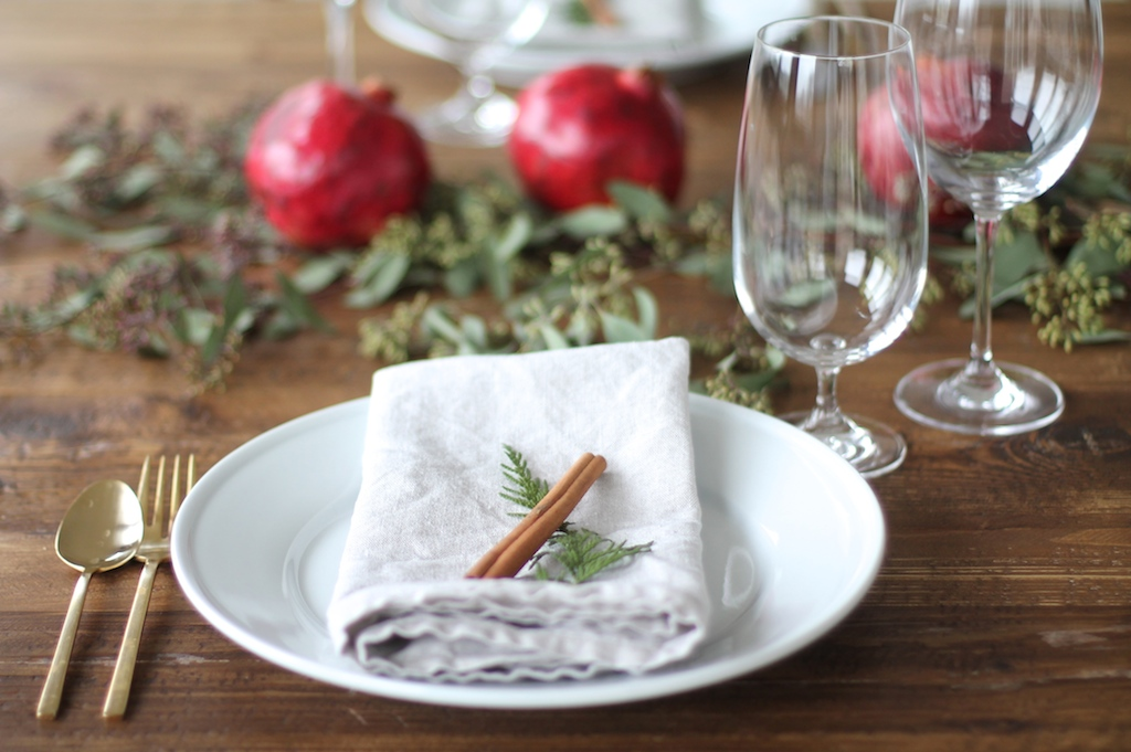 christmas-decorations-for your-table
