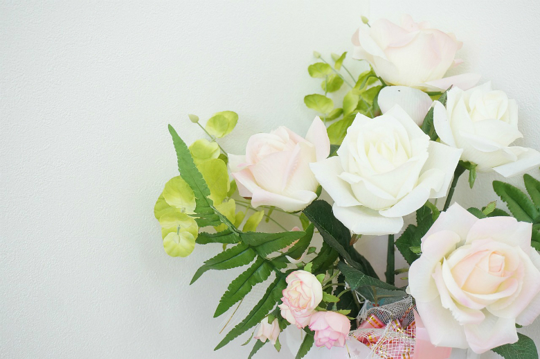 why women love flowers
